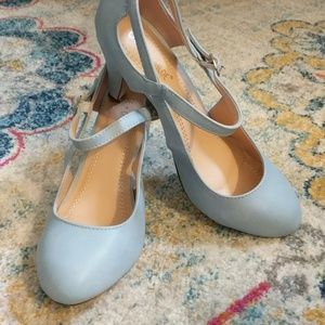 Chase and Chloe low heel, light blue